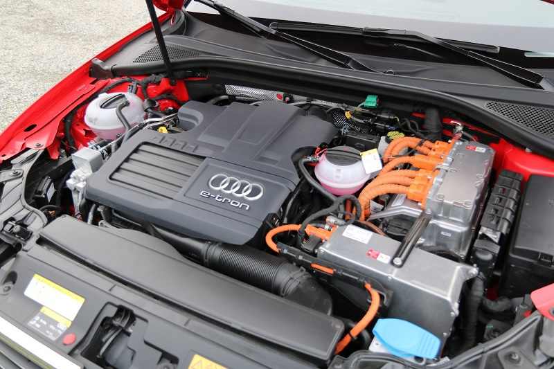 audi e-tron crossover Engine