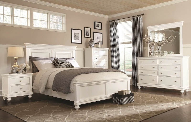 White Bedroom, Pros And Cons