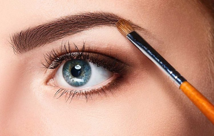 Makeup: mistakes to avoid in order not to accentuate the defects