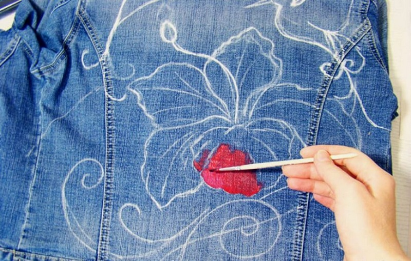 How To Decorate A Denim Jacket With Our Own Hands