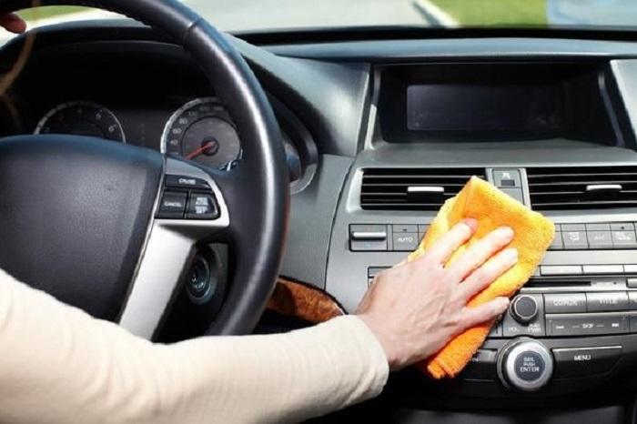 clean car dashboard
